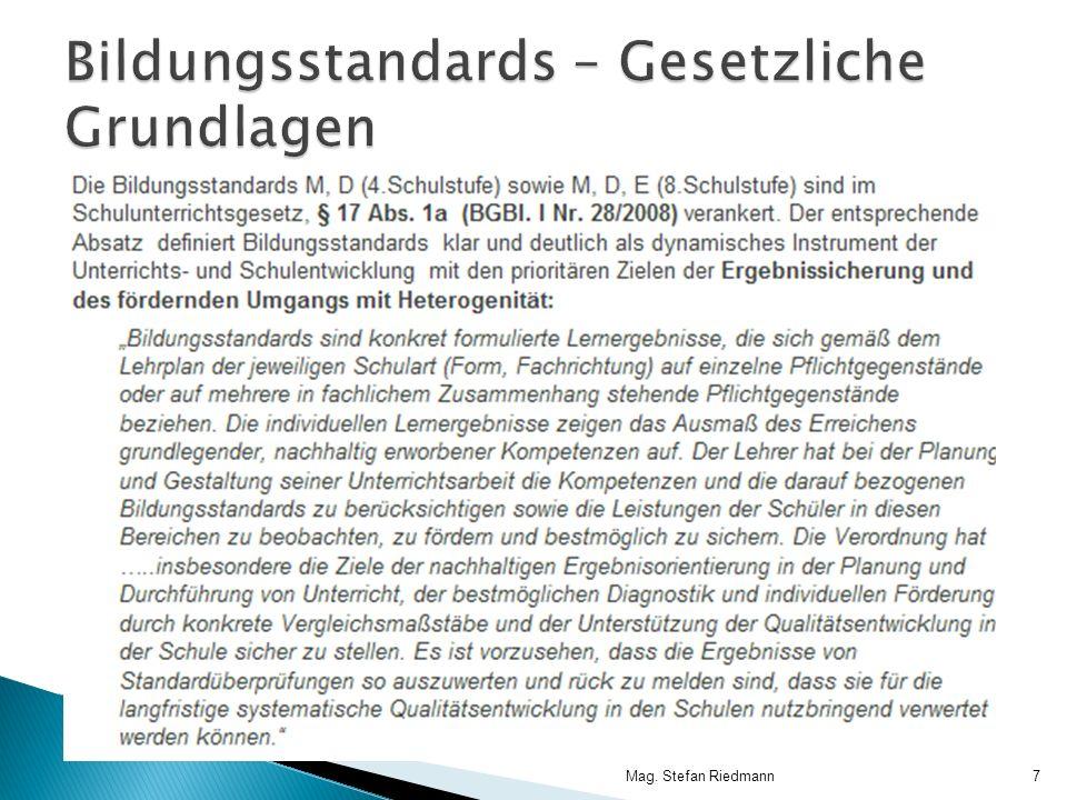 …und nun das Kompetenmodell für Mathematik M8… 17. März 2011Mag. Stefan Riedmann18