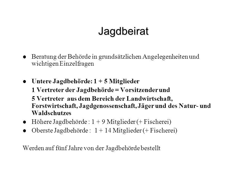 Dem Jagdrecht unterstelltes Haarwild in Bayern mit Jagdzeiten Damwild, Rotwild, Sikawild, Rehwild, Gamswild, Muffelwild, Schwarzwild, Feldhase, Wildkaninchen, Fuchs, Steinmarder, Baummarder, Iltis, Hermelin (=Wiesel), Mauswiesel, Dachs, Maderhund, Waschbär, Sumpfbiber (=Nutria) ohne Jagdzeiten Wisent, Elchwild, Steinwild, Schneehase, Murmeltier, Wildkatze, Luchs, Fischotter,