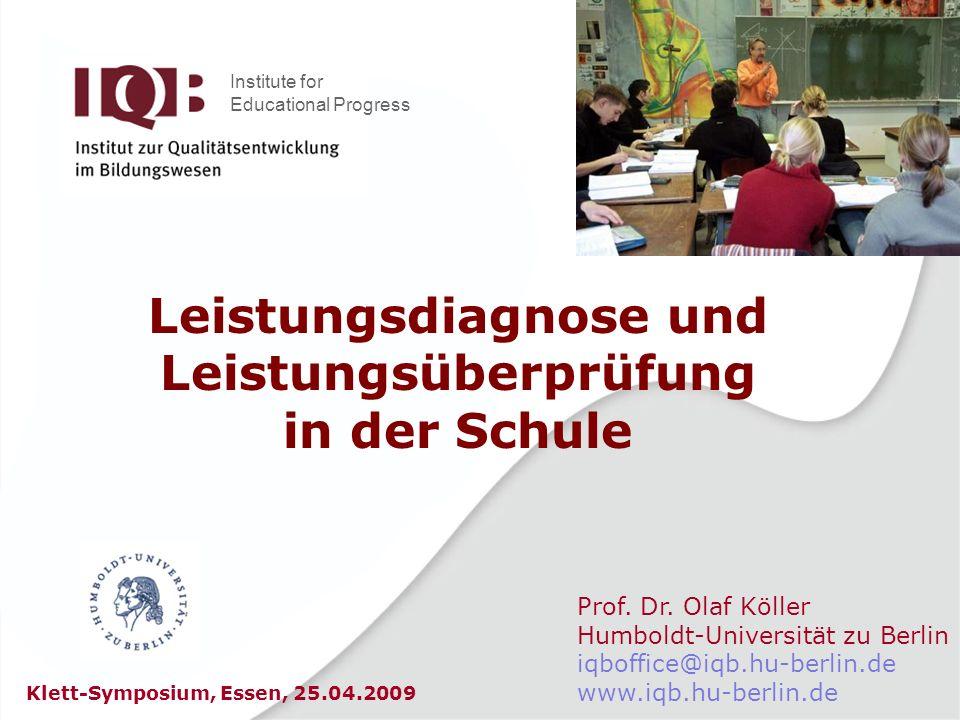 Beispiel: Grundschule Mathematik StufeWerte- bereich BeschreibungAnteil im 4.
