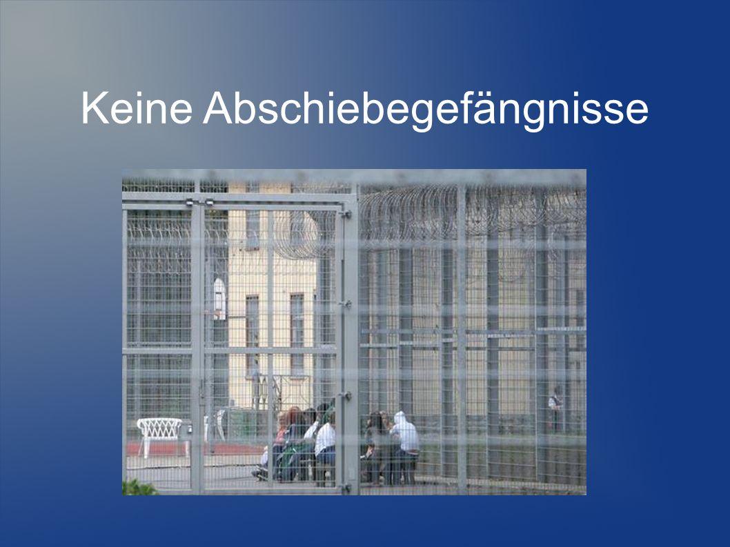 ...in Deutschland Flüchtlinge sollen genauso viel Unterstützung bekommen wie Hartz IV Empfänger (+ Bildungspaket)