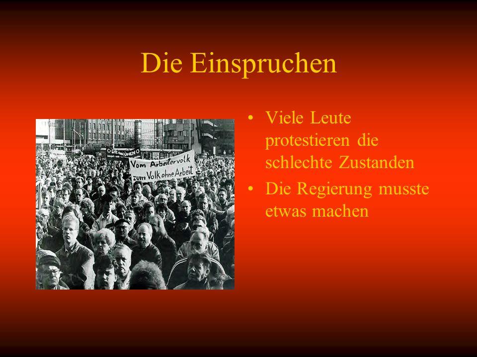 Die Einspruchen Viele Leute protestieren die schlechte Zustanden Die Regierung musste etwas machen
