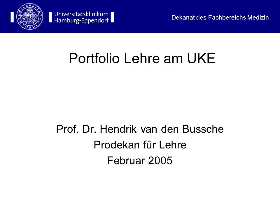 Dekanat des Fachbereichs Medizin Hintergrund: Forderung nach Evaluation und leistungsorientierter Mittelvergabe Hamburgisches Hochschulgesetz 2001 Approbationsordnung für Ärzte 2002 Wissenschaftsrat 2004