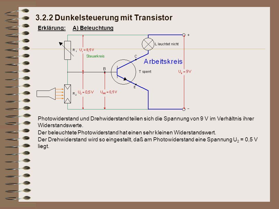 Erklärung: Photowiderstand und Drehwiderstand teilen sich die Spannung von 9 V im Verhältnis ihrer Widerstandswerte. Der Drehwiderstand wird so einges