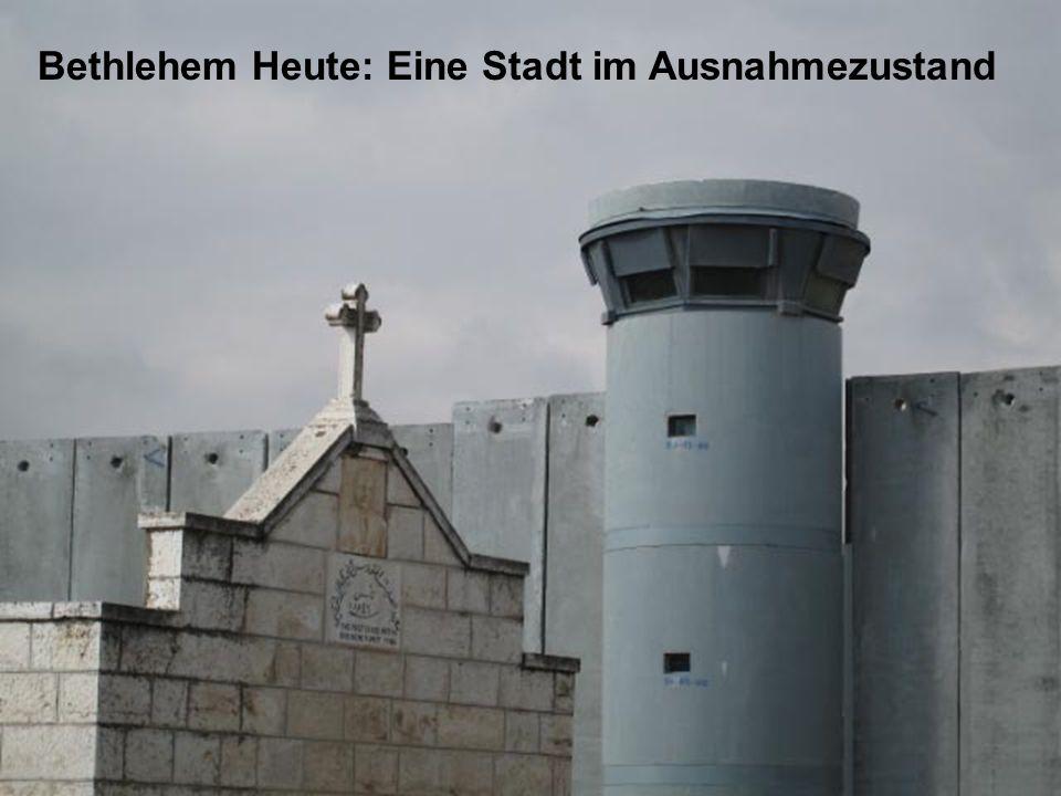 15.Ein Blick auf die Mauer rund um Rachels Grab und die Grundstücke für die geplante Siedlung.