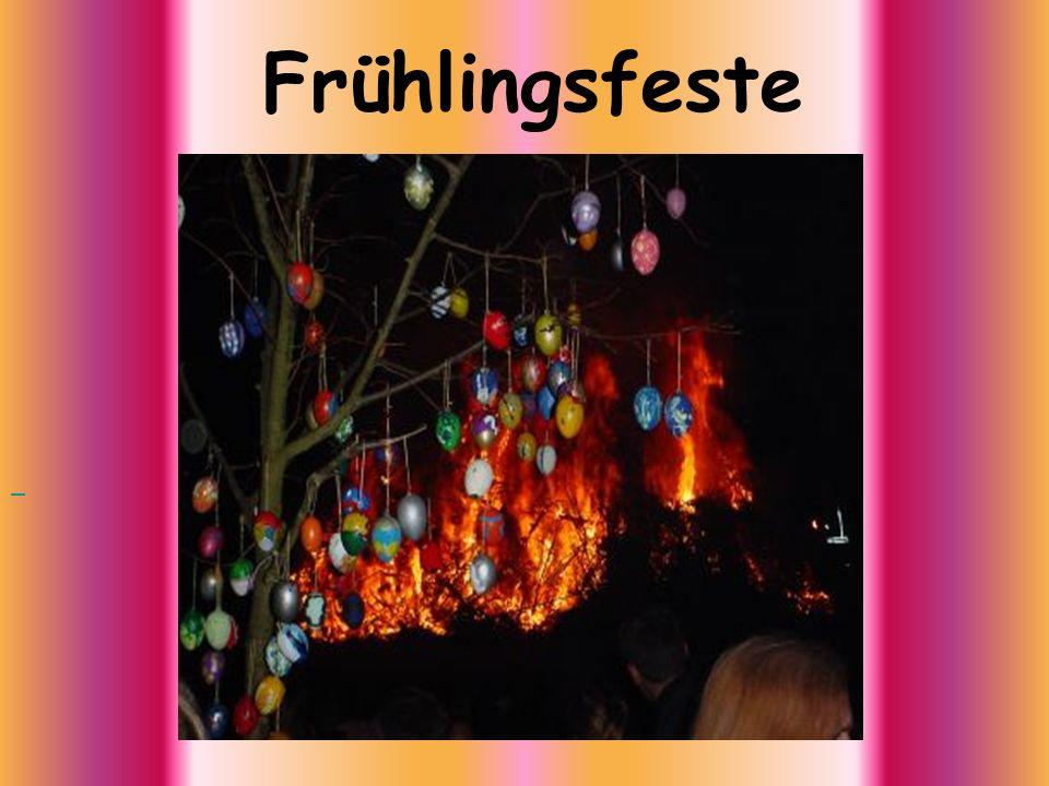 Der österliche Festkreis beginnt in den westlichen Kirchen seit dem Jahr 1091 mit dem Aschermittwoch, dem eine 40- tägige Fastenzeit folgt.
