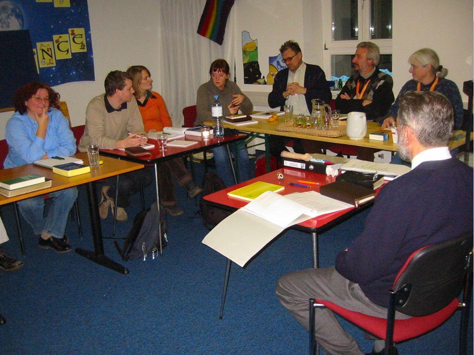 BAO-Kursstart organisieren Potentielle Teilnehmer einladenen Räumlichkeiten vorbereiten Wohnung oder Gemeinde.