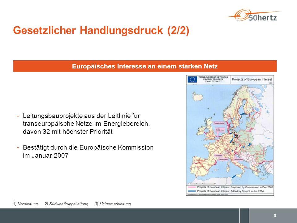 9 Inhalt Portrait 50Hertz Transmission3 Gesetzlicher Handlungsdruck7 Ausbau der erneuerbaren Energien10 Der 380-kV-Nordring Berlin14 Trassierung & Maste19 Ihre Ansprechpartner24