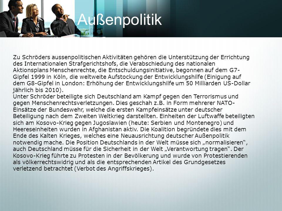 Medienkanzler Es wird Gerhard Schröder zugeschrieben, dass er zu Beginn seiner ersten Amtszeit im Februar 1999 die Ansicht geäußert habe, zum Regieren brauche er BILD, BamS und Glotze.