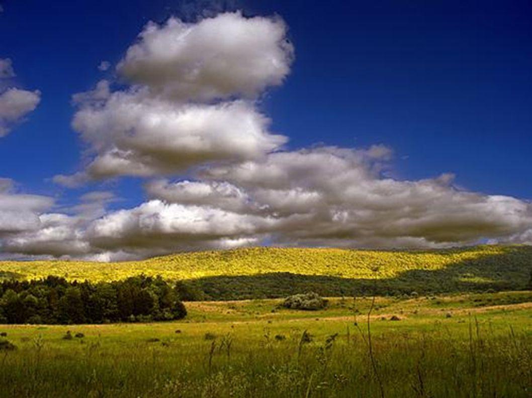 Wolken sind oft grau.