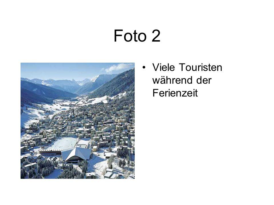 Foto 2 Viele Touristen während der Ferienzeit