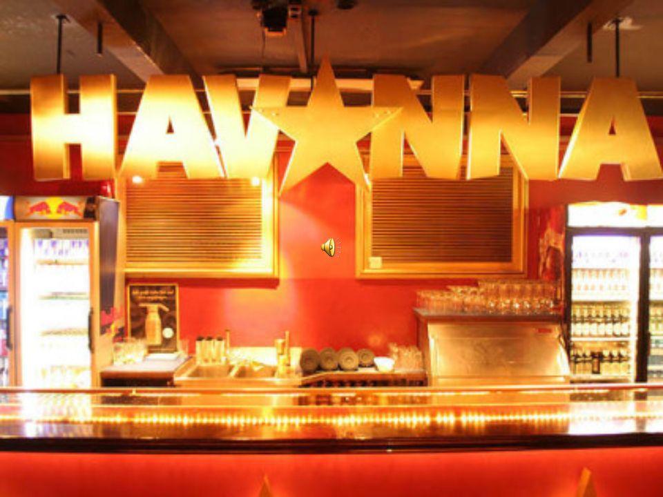 Seit1997 bietet das Havanna in einem Hinterhof in Schöneberg auf drei Stockwerken und vier Tanzflächen.Black und Latin Musik in allen Facetten.