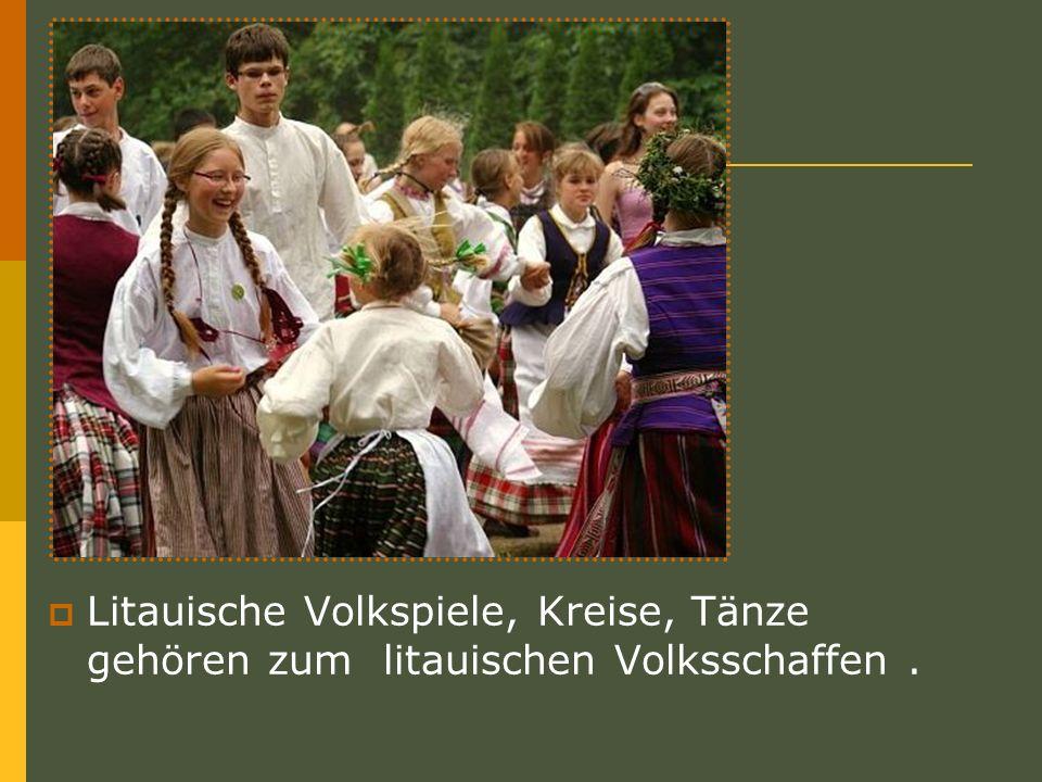 Die Gruppierung von Spielen Volkspiele – Reigen Reigen sind die populärsten Volkspiele in Litauen.