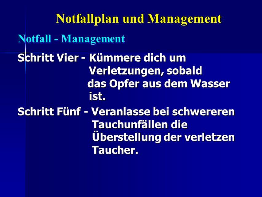 Notfallplan und Management Schritt Vier - Kümmere dich um Verletzungen, sobald das Opfer aus dem Wasser ist. Schritt Fünf - Veranlasse bei schwereren