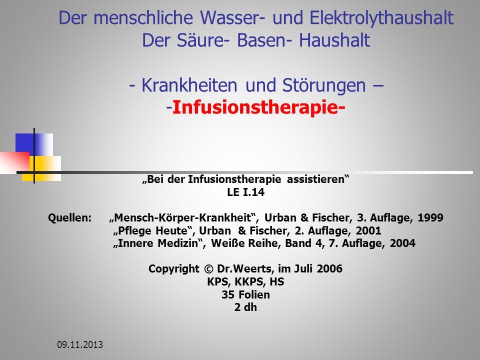 11 Störungen im Natrium- und Wasserhaushalt Hypernatriämie zuviel Na hypertone Dehydratation = zu viel Na + zu wenig Wasser Ursachen häufigste Störung fehlender Durstreiz (Kinder, Alte, Schwerkranke), Diabetes insipidus (Mangel an Adiuretin) Therapie viel Trinken Infusion mit 5% Glukose hypertone Hyperhydratation = zu viel Na + zu viel Wasser Ursache meist bei falscher Infusionstherapie Therapie wenig Trinken Diuretika Flüssigkeitszufuhr bilanziert einschränken Hyponatriämie zu wenig Na Ursachen zu viel Diuretika Nierenerkrankungen starkes Erbrechen, Durchfälle hypotone Dehydratation zu wenig Na + zu wenig Wasser Ursachen bei allen Wassermangelzuständen Therapie viel Trinken über zentralen Venenkatheter konzentrierte NaCl – Lösung (langsam!) bilanzierte Wasserzufuhr hypotone Hyperhydratation zu wenig Na + zu viel Wasser Ursachen zu geringe Urinproduktion bei Nierenerkrankungen Leberzirrhose Herzinsuffizienz Therapie Einschränkung der Wasserzufuhr Trinkmenge o.5 – 1 L/Tag + Diuretika