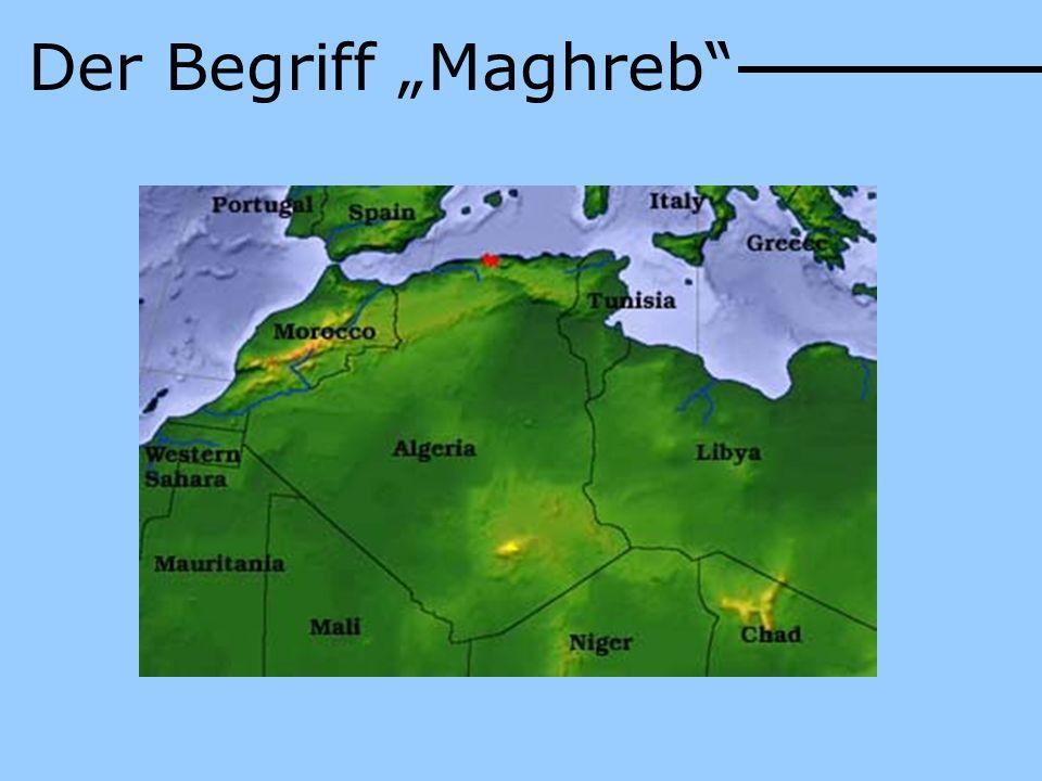 Bevölkerungsverteilung: 60% Stadt : 40% Land Große Küstenstädte: Hauptstadt Algier (1,52 Mio.) Oran (656.000) Constantine (462.000) >> 99% Muslime Ethnische Gruppen: Araber: 83% Berber: 16% Europäer: < 1% Besiedlung