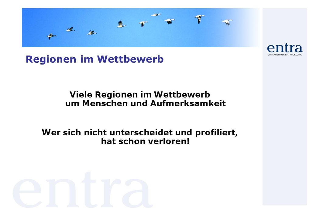 Regionale Kooperationsprojekte Hauensteiner Schuhmeile Gemeinde Hauenstein mit wahrscheinlich größten Ansammlung von Schuhgeschäften in Deutschland auf kleinstem Raum - der sogenannten Hauensteiner Schuhmeile - liegt im südlichen Pfälzer Wald Sinnbild gewordenes Zeichen ist das Deutsche Schuhmuseum sowie der Werbeslogan Schuhe kauft man in Hauenstein 40 verkaufsoffene Sonntage von März bis Oktober und über ein Dutzend Geschäfte; fast alle Schuhhäuser, ob in traditionellen Schuhmeile oder im Ortszentrum, haben an Sonn- und Feiertagen von 13.00 bis 18.00 Uhr geöffnet Fabrikverkauf, Lagerverkauf, Fachhandel