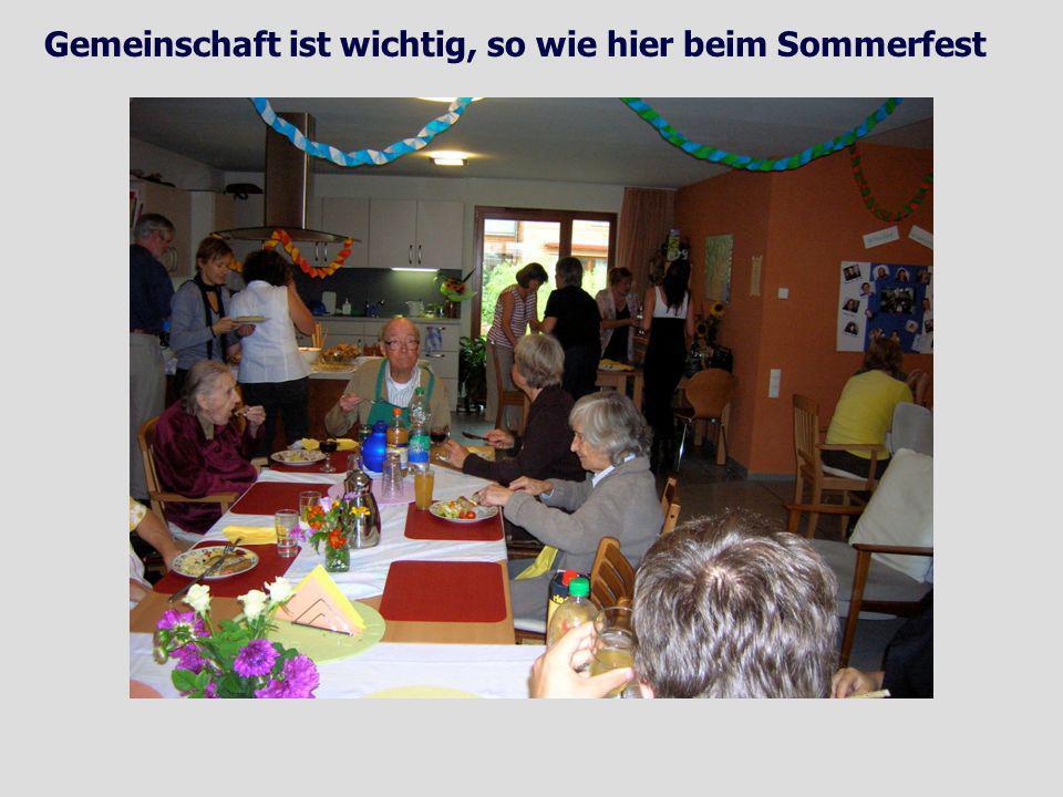 Gemeinschaft ist wichtig, so wie hier beim Sommerfest