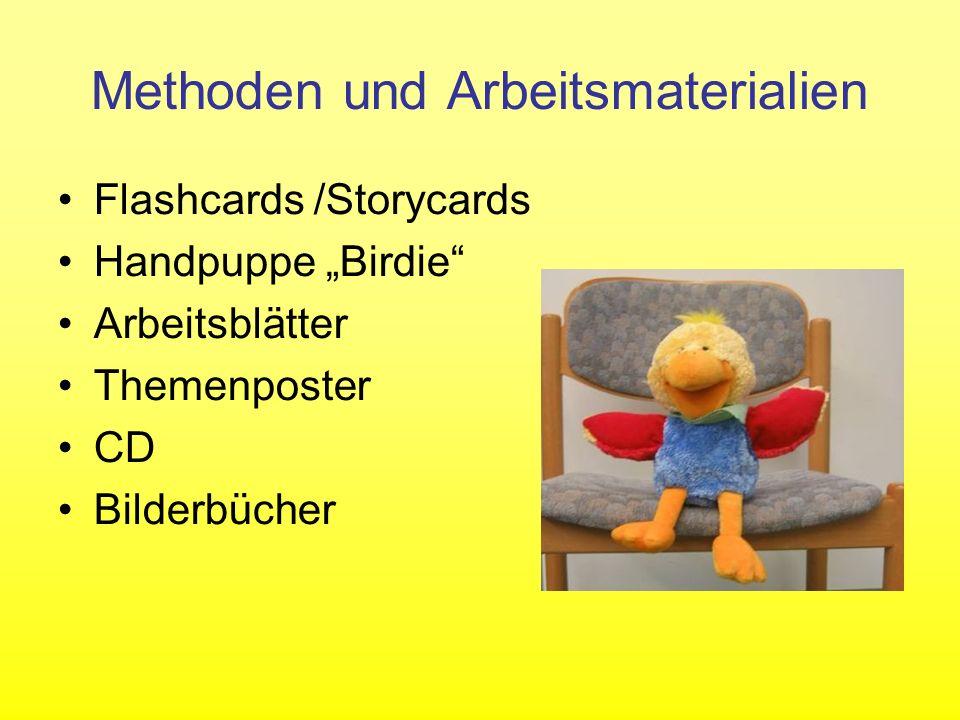Methoden und Arbeitsmaterialien Flashcards /Storycards Handpuppe Birdie Arbeitsblätter Themenposter CD Bilderbücher