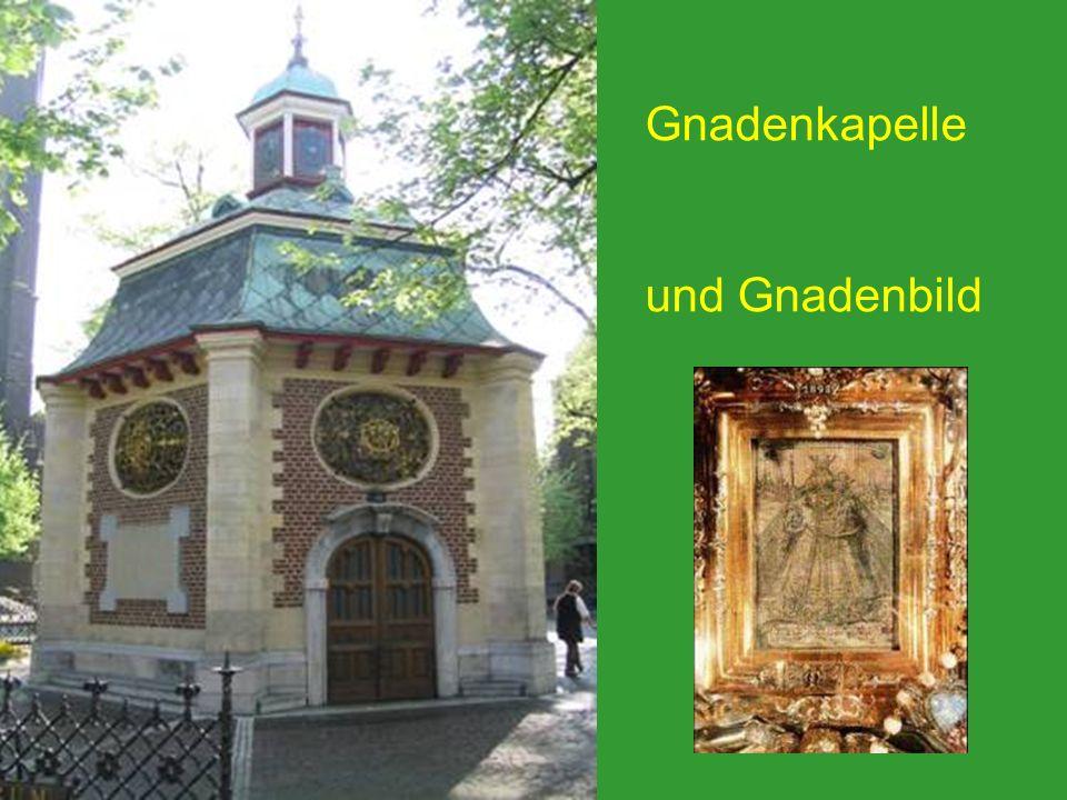 In Kevelaer gibt es neben der Gnadenkapelle viele weitere Kirchen und andere Orte zum Beten, z.B.
