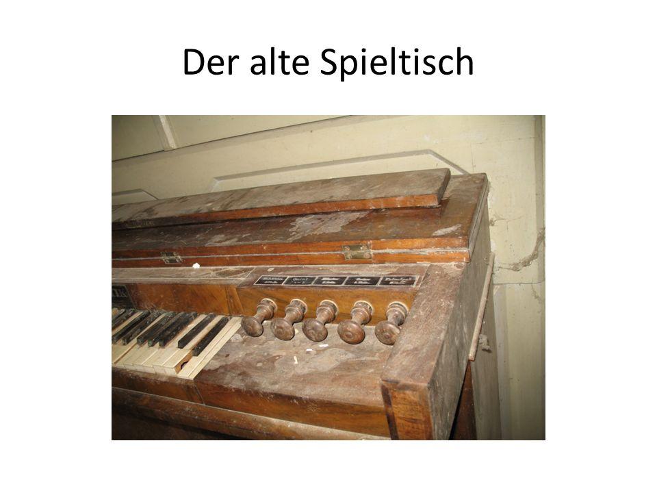 Der alte Spieltisch