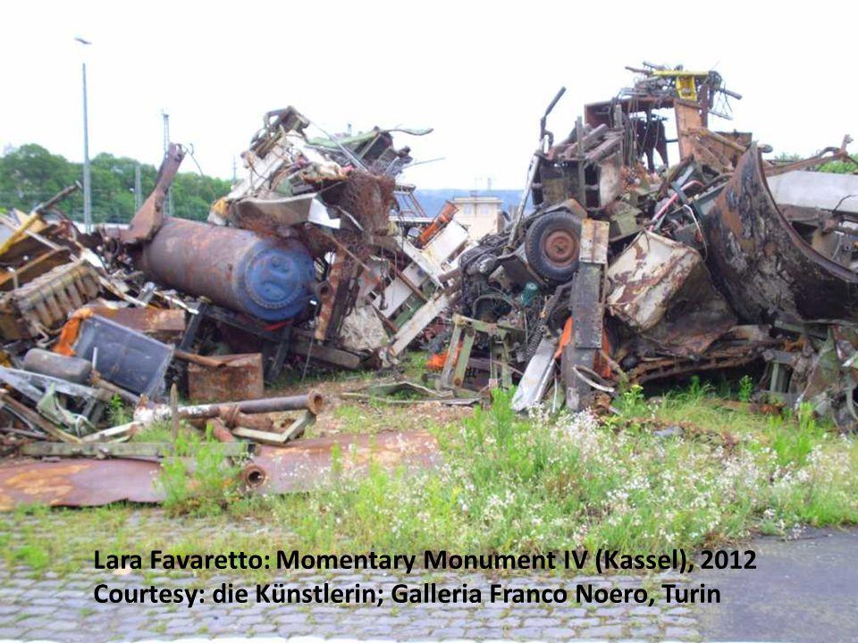 Lara Favaretto: Momentary Monument IV (Kassel), 2012 Courtesy: die Künstlerin; Galleria Franco Noero, Turin