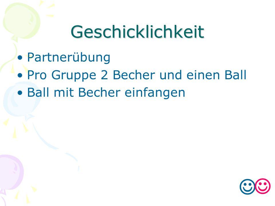 Geschicklichkeit Partnerübung Pro Gruppe 2 Becher und einen Ball Ball mit Becher einfangen