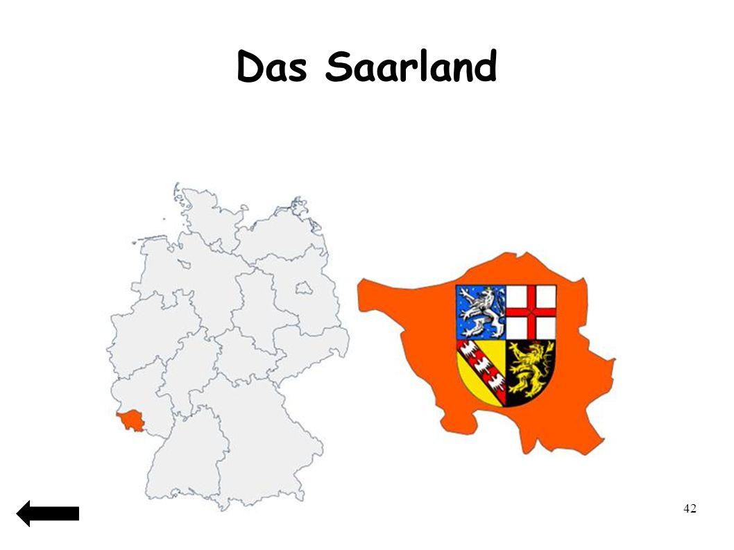 43 Das Saarland Das Saarland ist… 1)Das kleinste Bundesland Deutschlands 2)Das größte Bundesland Deutschlands 3)Das viertkleinste Bundesland Deutschlands 4)Das zweitkleinste Bundeland Deutschlands