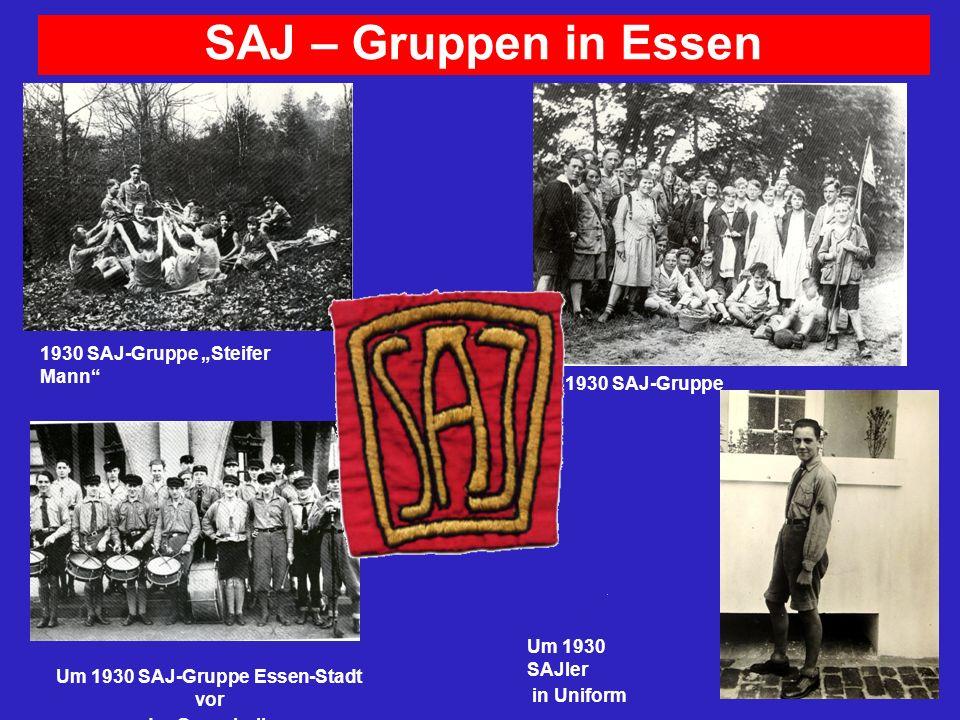 SAJ – Gruppen in Essen 1930 SAJ-Gruppe Steifer Mann Um 1930 SAJ-Gruppe Essen-Stadt vor der Grugahalle 1930 SAJ-Gruppe Um 1930 SAJler in Uniform