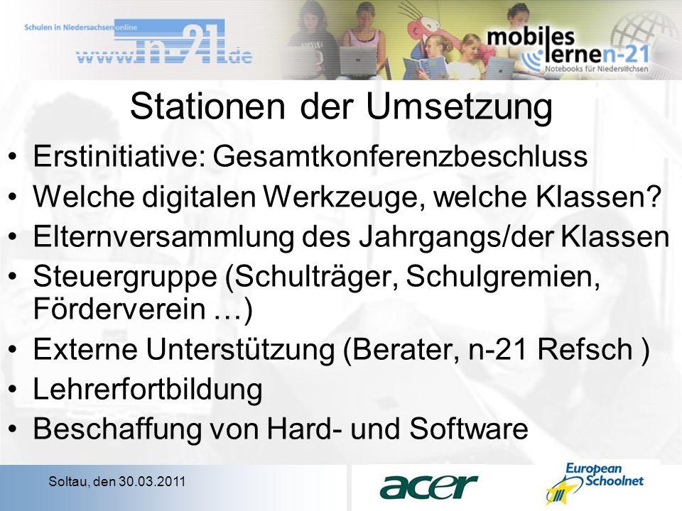 Soltau, den 30.03.2011 Stationen der Umsetzung Erstinitiative: Gesamtkonferenzbeschluss Welche digitalen Werkzeuge, welche Klassen.