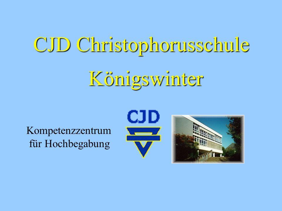 Dr. Johannes Heide, OStD Schulleiter Claudia Sarver, OStR´ Koordinatorin für Hochbegabung in der Sekundarstufe II