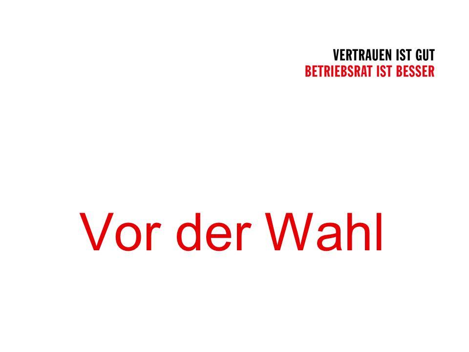 Übersicht Folie 16 Ausländische Arbeitnehmer Der Wahlvorstand muss die der deutschen Sprache nicht mächtigen Arbeitnehmer durch ein Merkblatt oder eine Versammlung in der Muttersprache (Dolmetscher organisieren) informieren über das Wahlverfahren über die Aufstellung der Wählerliste und der Vorschlagslisten über den Wahlvorgang und die Stimmabgabe Vereinfachtes einstufiges Wahlverfahren Vor der Wahl