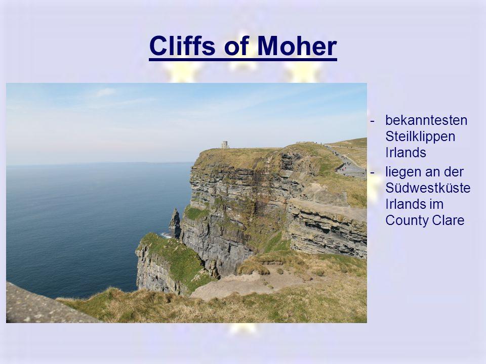 Cliffs of Moher -bekanntesten Steilklippen Irlands -liegen an der Südwestküste Irlands im County Clare