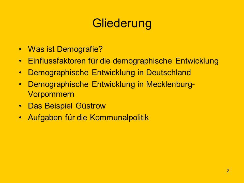 2 Gliederung Was ist Demografie? Einflussfaktoren für die demographische Entwicklung Demographische Entwicklung in Deutschland Demographische Entwickl