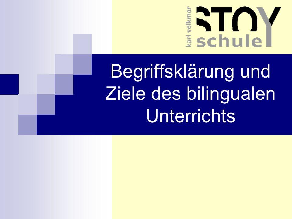 Ausgangsposition Fähigkeit, sich in einer Fremdsprache zu verständigen = Bestandteil der Allgemein- bildung, wichtiger Baustein der Persönlichkeits- entwicklung zusammenwachsendes Europa, Internationalisierung der Arbeits- und Lebensverhältnisse