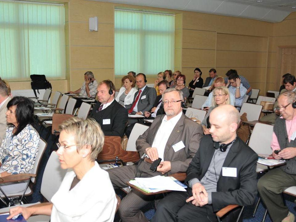 W dyskusji inicjatorzy i goście konferencji podkreślają po raz kolejny znaczenie transgranicznego transportu publicznego.