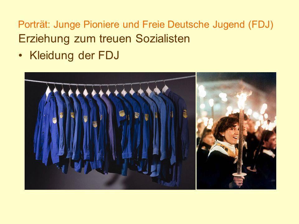 Porträt: Junge Pioniere und Freie Deutsche Jugend (FDJ) Erziehung zum treuen Sozialisten Kleidung der FDJ