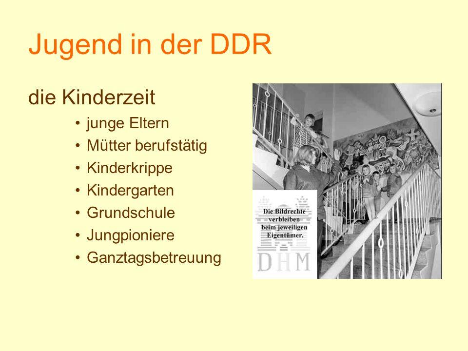 Jugend in der DDR die Kinderzeit junge Eltern Mütter berufstätig Kinderkrippe Kindergarten Grundschule Jungpioniere Ganztagsbetreuung