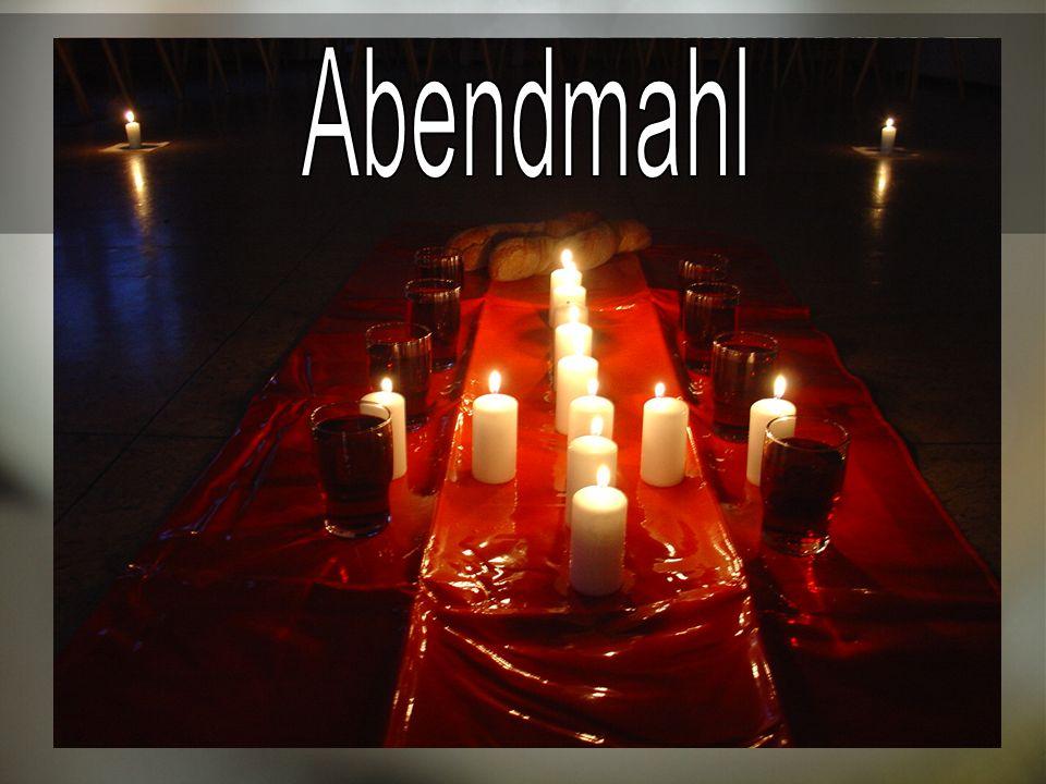 bewusster Einsatz von religiöser Symbolik, partizipatorische- multisensorische GD s, Stille, Dunkelheit, viel Zeit für Gebet (Gebetsstationen), Lectio Divina,