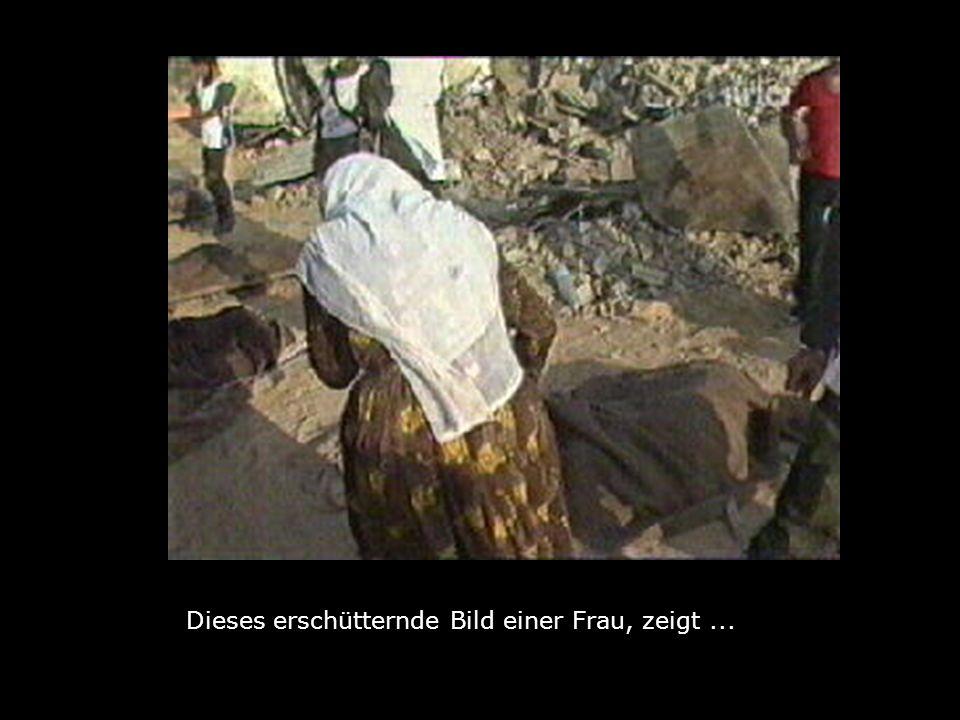zu verscharren unter den Trümmern ihrer Quartiere Es wurde jetzt gemeldet dass mitten in Israel der Gedenkfriedhof der Toten von Deir Yassin von Bulldozern.