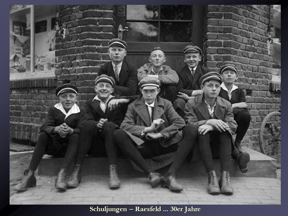Schuljungen – Raesfeld... 30er Jahre