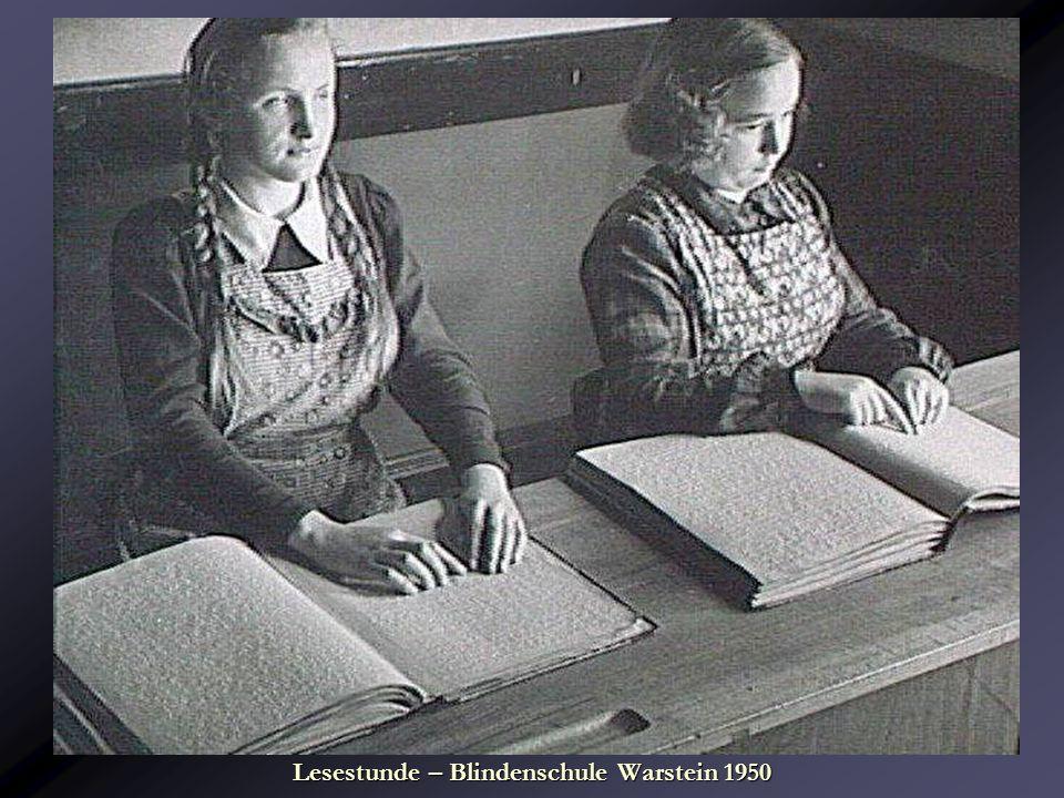 Lesestunde – Blindenschule Warstein 1950