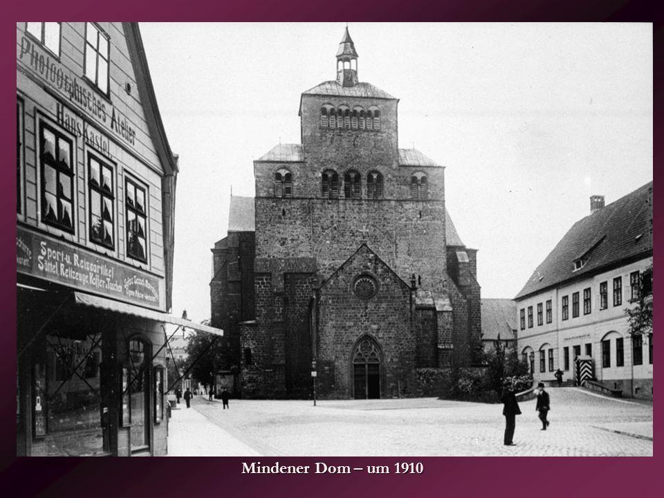 Warburg Altstädter Kirchplatz 40er Jahre
