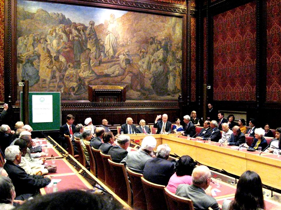 ILC Schlüsselpunkte Internationaler Wirkungsbereich Standardisiertes Curriculum Interakives Format Wird gemeinsam mit Friedensbotschaftern präsentiert Kombiniert Theorie und Praxis