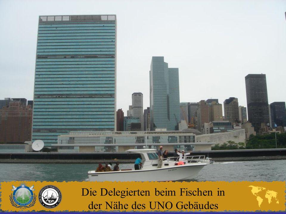 Die Delegierten beim Fischen in der Nähe des UNO Gebäudes