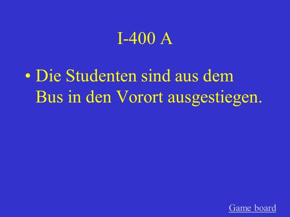I-300 A Die Studenten sind in den Bus in der Stadt eingestiegen. GameGame board