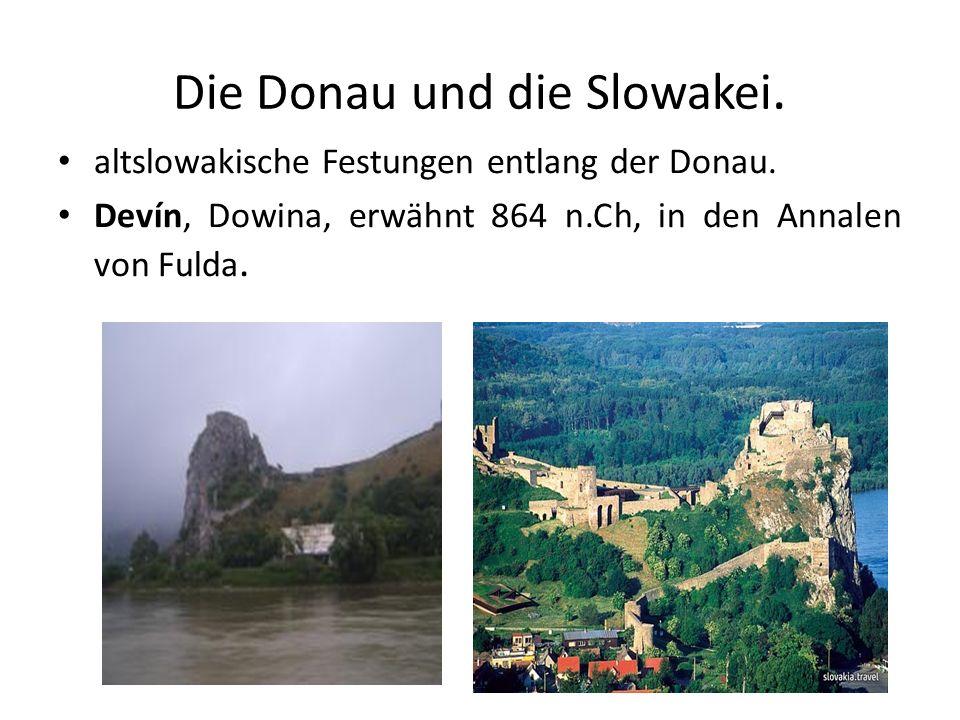 Die Donau und die Slowakei. altslowakische Festungen entlang der Donau. Devín, Dowina, erwähnt 864 n.Ch, in den Annalen von Fulda.