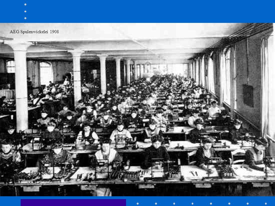 Was ist Wirtschaftsgeschichte ? Wirtschaftsgeschichte beschäftigt sich mit vergangenen wirtschaftlichen Strukturen und Prozessen Institutionen und The