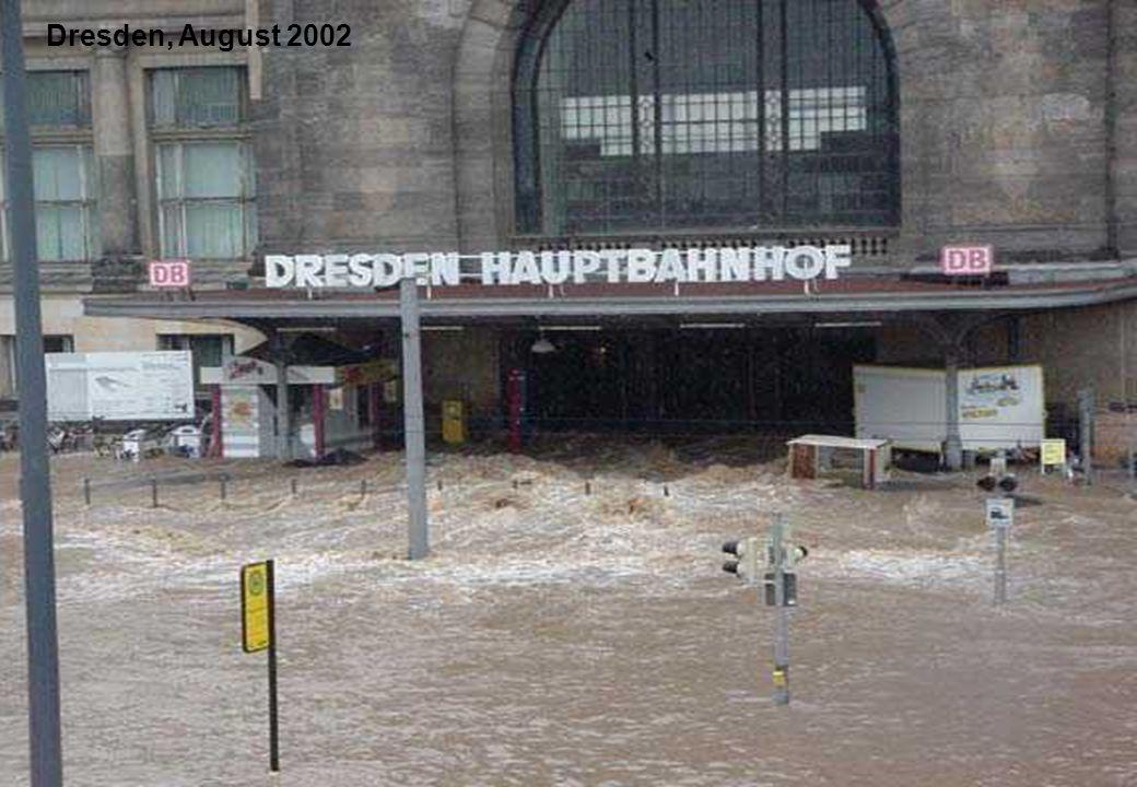 27 Dresden, August 2002