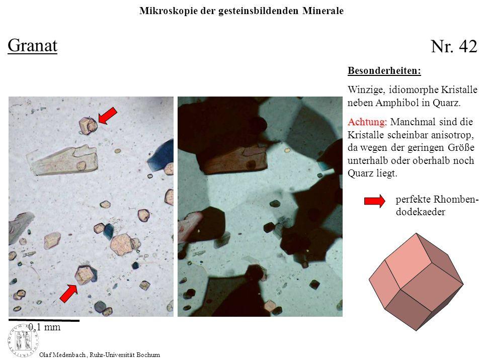 Mikroskopie der gesteinsbildenden Minerale Olaf Medenbach, Ruhr-Universität Bochum Sillimanit Formel: Al [4] Al [6] [O SiO 4 ] Symmetrie: rhombisch n: 1,657 – 1,682 n: 0,02 – 0,022 2V z : 21° - 30° max.