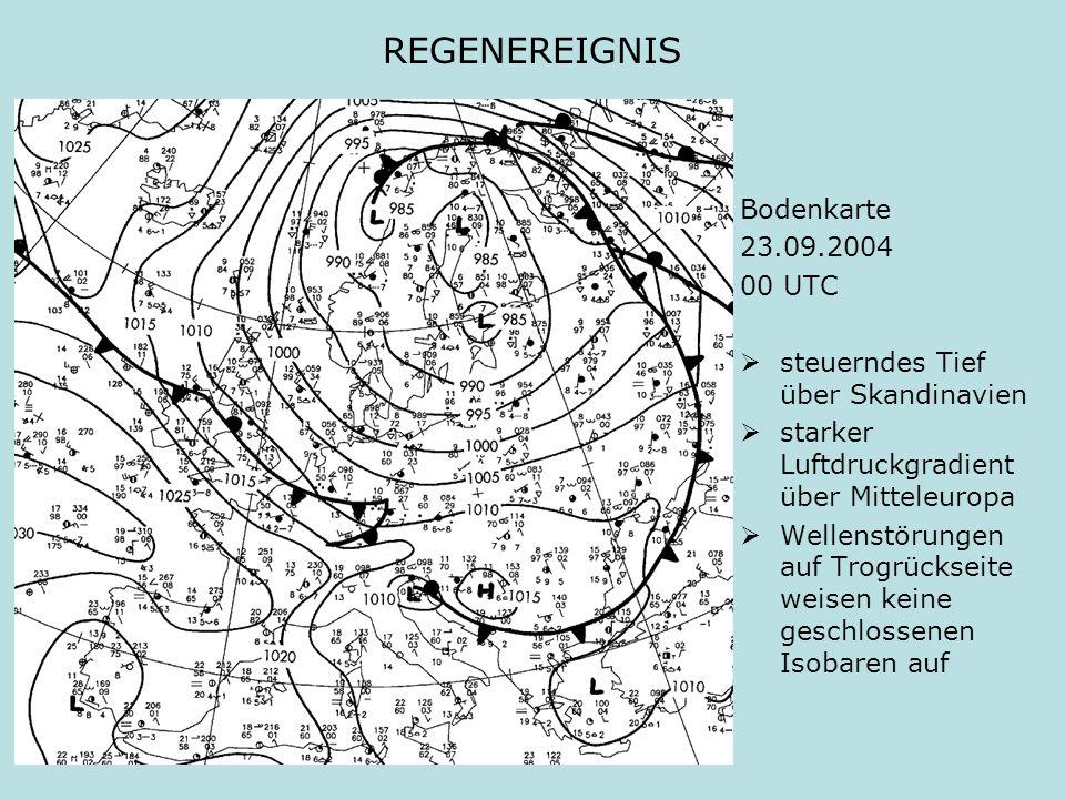 REGENEREIGNIS Bodenkarte 23.09.2004 00 UTC steuerndes Tief über Skandinavien starker Luftdruckgradient über Mitteleuropa Wellenstörungen auf Trogrücks